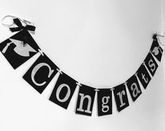 Congrats bandera, bandera de felicitaciones, Congrats Grad, Banner de fiesta de graduación, clase de 2017, Banner de graduación, fiesta de graduación, Celebra Graduation Crafts, Graduation Leis, Graduation Banner, Graduation Decorations, Graduation Quotes, Cricut Banner, Congratulations Banner, Royal Blue And Gold, Glitter Cards