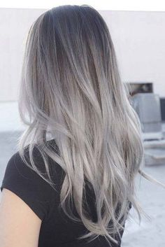 Trendy Hair Color Picture DescriptionA silver hair color is our future. That is why we have created a photo gallery featuring the sassiest looks with silver and we will also help you learn how to get and then how to maintain a super-chic silver hair hue. Hair Color 2017, Ombre Hair Color, Hair Color Balayage, Hair Highlights, Color Highlights, Blonde Grise, Silver Ombre Hair, Gray Hair, Grey Dyed Hair