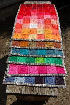 Pixelated Spectrum Placemats Tutorial by Sarah.WV, via Flickr