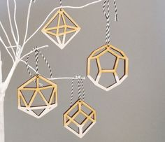Geometric Ombre White Christmas Tree Ornaments Decorations - Laser Cut Dip Dye x 4 on Etsy, kr Wooden Christmas Tree Decorations, Black Christmas Trees, Christmas Trends, Wooden Ornaments, Ornaments Design, Modern Christmas, Holiday Tree, All Things Christmas, Christmas Tree Ornaments