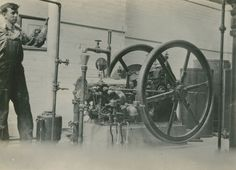 Internal combustion engine as featured in the Rice Institute Engineering Show, 1928