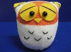 Você pode fazer corujinhas de meia para divertir seus filhos ou para serem objetos de decoração em sua casa, pois além de estarem em alta, estas simpáticas