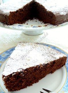 Una torta al cacao non bastava.. il valore aggiunto è dato dalla nutella :-) ah ah ah lo so, lo so, potrebbe sembrare un pò esagerato..ma ci sono gi