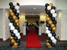 If you are going to organize graduation, you can get ideas from this photo. We share with you, graduation decorations and party ideas in the photo gallery. 1920s Party Decorations, Graduation Decorations, Ceremony Decorations, Birthday Decorations, Backdrop Decorations, Graduation Balloons, Graduation Cupcakes, Grad Parties, Birthday Parties