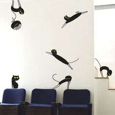 The cat has many clandestine parties when you are out. Cat En Kit Black now featured on Fab.