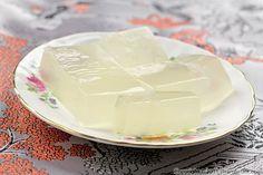 Rau Câu Dừa / Vietnamese Coconut Jello Recipe (Pham Fatale), made with agar agar powder