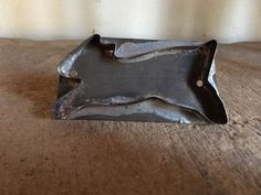 Early Old Tin Folky Running Bunny Rabbit Cookie Cutter AAFA Antique
