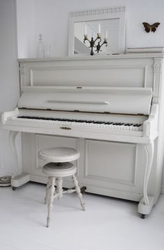 Yes, the first heintzman was painted not white but cream... In the Tsolum building now. Donated to the city of Courtenay.