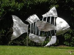 Awesome fish sculpture ... sadly I don't think it will fit in my garden
