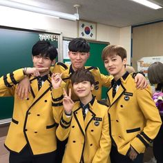 NCT Mark with ONF Laun, Romeo Kangmin, and other friend during graduation day 💕 They used to be classmates in SOPA! Nct 127 Mark, Mark Nct, Sopa School, Na Jaemin, The Little Prince, Kpop, Taeyong, Jaehyun, K Idols