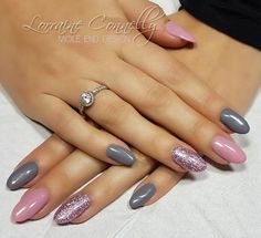 Nail art Christmas - the festive spirit on the nails. Over 70 creative ideas and tutorials - My Nails Shellac Nail Designs, Nail Art Designs, Nails Design, Funky Nails, Trendy Nails, Holiday Nails, Christmas Nails, Shellac Nails Fall, Diy Nails