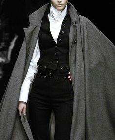 Sartorial Adventure — Dolce and Gabbana, fall 2006 Look Fashion, High Fashion, Fashion Outfits, Womens Fashion, Fashion Design, Milan Fashion, Gothic Fashion, Regency Fashion, Mode Steampunk