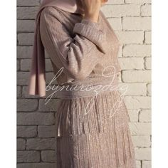 Lumiere Elbise Muslim Fashion, Hijab Fashion, Fashion Dresses, Fashion Styles, Fashion Trends, Women's Fashion, Modest Dresses, Modest Outfits, Prom Dresses