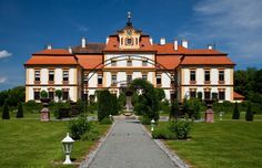 Czech Republic - Chateau Jemniště Czech Republic, Mansions, House Styles, Baroque, Places, Pearl, Travel, Bohemia, Europe
