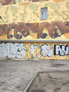 Hip-hop pelican in Vilnius, Lithuania