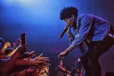 Hot Men, Hot Guys, Trill Sammy, Icons, Concert, Celebrities, Male Style, Celebs, Symbols