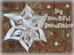 The Pin Junkie: 3D Paper Snowflakes
