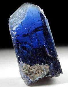 Mineral Specimens: Tanzanite Crystal (Tanzanite = blue gem variety of the mineral Zoisite) from Karo Mine, Merelani Hills, western slope of Lelatama Mountains, Arusha Region, Tanzania