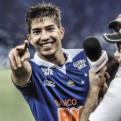 (4 / ∞) Pictures of Lucas Silva
