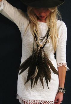hanging feather necklace
