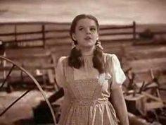 O Mágico de Oz - Dorothy canta 'Over the Rainbow'
