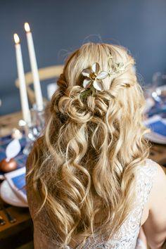 long loose wedding hair  ~  we ❤ this! moncheribridals.com #longbridalhair