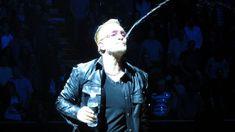 +++U2 - Love Is All We Have Left+++ Sul ponte sventola bandiera bianca... http://hvsr.net/speciali/bonus-tracks-2017/u2-love-is-all-we-have-left