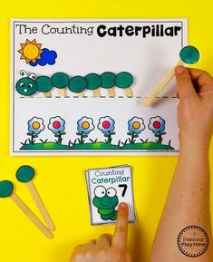 Caterpillar Counting Pocket Activity Counting Activities, Class Activities, Educational Activities, Preschool Kindergarten, Preschool Worksheets, Preschool Ideas, Counting Caterpillar, Back To School Worksheets, Lacing Cards