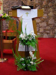 ... Altar Flowers, Church Flower Arrangements, Funeral Arrangements, Church Flowers, Fruit Arrangements, Funeral Flowers, Altar Decorations, Christmas Decorations, Church Design