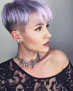 Adicione um pouco de lilás ao visual. | 19 imagens de cabelos curtinhos MESMO para você se inspirar