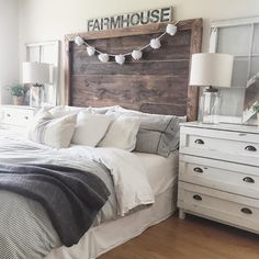 """""""New up on the blog is today's Friday Feature for #howiliveaprettylife if you don't know Natalie over at @deeplydistressed you have to check her out! Head…"""""""