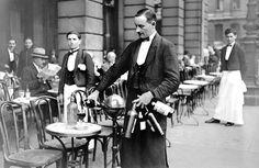 Garçon (Waiter) in Parisian café    France - Paris, circa 1910
