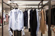 간결하고 트렌디한 스타일을 제안하는 국내 디자이너 김해의 브랜드인 HAEKIM의 팝업 스토어가 갤러리아명품관 WEST 3층에 문을 열었어요. 5월 12일까지 진행하는 HAEKIM의 팝업 스토어, 놓치지 마세요!