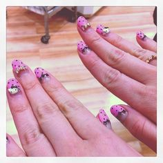 HK nails!