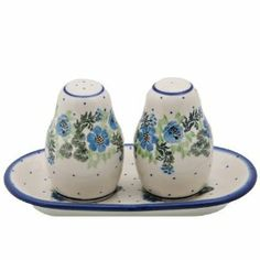"New Polish Pottery SALT & PEPPER Boleslawiec CA Pattern 1534 European Stoneware by Polish Pottery. $39.95. Premium European Stoneware Certified Quality 1. Dishwasher, Microwave, and Oven Safe to 450°. Shakers: 3 1/2"" x 2 1/4"" Tray: 7"" x 3 1/4"" Shape #: 131 Pattern#: 1534. Lead and Cadmium Free. Imported Direct From Boleslawiec, Poland. SALT & PEPPER WITH TRAY Functional Art From Boleslawiec, Poland Collection: Traditional Size/Capacity: Shakers: 3 1/2"" x 2 1/4"" Tray: 7"" x 3 1/4""..."