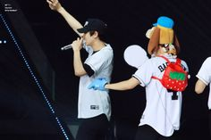 Chanyeol, Baekhyun - 170212 Exoplanet #3 - The EXO'rDium in Hong Kong Credit: CBaekYuki.