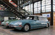 Citroen DS Safari and it's a Station Wagon