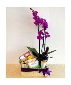 Flower Arrangements, Sweets, Plants, Gifts, Floral Arrangements, Presents, Gummi Candy, Candy, Goodies