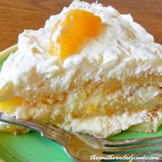 The Southern Lady Cooks: Mandarin Orange Cake Manderine Orange Cake, Cake Ingredients List, Just Desserts, Delicious Desserts, Easter Desserts, Summer Desserts, Mandarin Cake, Mandarin Oranges, Fruit Cocktail Cake