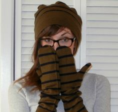 turn an old sweater into a hat and long mittens