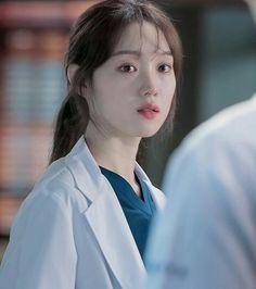 Drama Korea, Korean Drama, Lee Sung Kyung Doctors, Medical Photography, Romantic Doctor, Comfortable Winter Outfits, Medical Photos, Hope In God, Cha Eun Woo