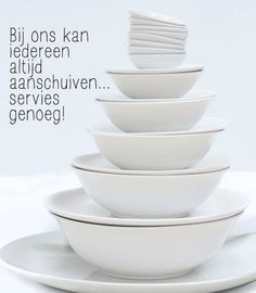 Na 10 jaar staat ons VTwonen servies er nog steeds prachtig bij.  En het eten ziet er altijd zó smakelijk uit op dit strakke witte servies!