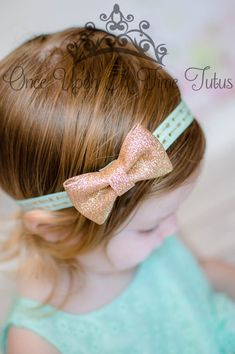 Check out this item in my Etsy shop https://www.etsy.com/listing/237114113/mint-green-gold-glitter-bow-headband