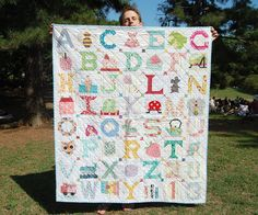 The most lovely quilt put together by my friends! | Blogged … | ayumi | Flickr