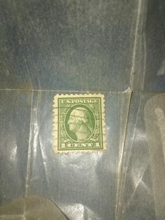 Rare vintage George Washington stamp , has been auctioned in various lots for up to Extraordinary deal for the condition and value. George Washington, Valuable Postage Stamps, Stamp Auctions, Price Of Stamps, Rare Coins Worth Money, Rare Stamps, Morning Blessings, Outdoor Art, American Revolution