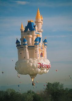 Cinderella castle at Christmas Walt Disney World Castle in the air Air Ballon, Hot Air Balloon, Disney Love, Disney Magic, Disney Family, Disney Style, Koblenz Germany, Disney Parks, Walt Disney