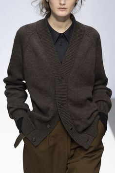 Looks Style, My Style, Margaret Howell, Winter Stil, Casual Outfits, Fashion Outfits, Runway Fashion, Womens Fashion, Vintage Mode