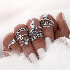Cheap midi ring set, Buy Quality ring set directly from China rings set for women Suppliers: Gold Silver Color Flower Midi Ring Sets for Women Silver Color Boho Beach Vintage Turkish Punk Elephant Knuckle Ring Opal Rings, Gemstone Rings, Silver Rings, Silver Jewelry, Gold Jewellery, Bohemian Rings, Bohemian Jewelry, Bohemian Style, Boho Chic