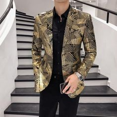 Gold Blazer, Striped Blazer, Blazer Fashion, Suit Fashion, Fashion 2020, Fashion Outfits, Prom Blazers For Men, Korean Shirts, Moda Masculina