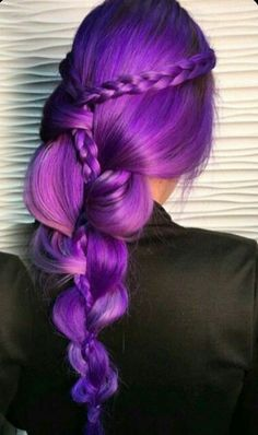 #raimbowhair #violethair #purplehair #mermaidhair #colorhair #violet #purple #hair #mermaid #raimbow #color br.pinterest.com/lele_4s